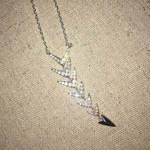 Reversible Stella & Dot arrow necklace